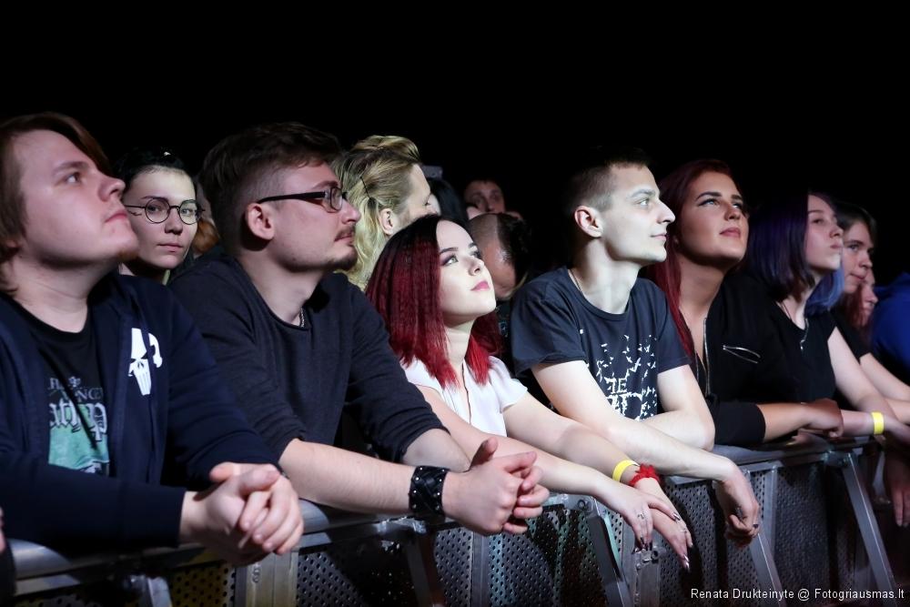 People. ARCH ENEMY @ Vilnius (2017)